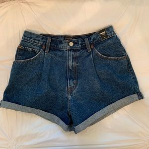 Abercrombie & Fitch Annie High Rose Shorts